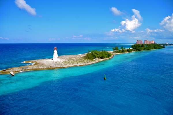 The Bahamas on Private Island Tours Has It All, Romance and Adventure