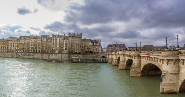 Sail down the Seine on a Fabulous Private Tour in France