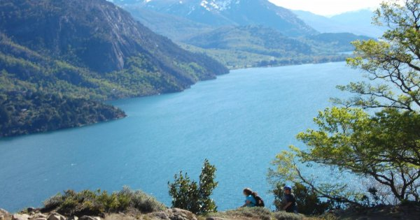 San Martín de los Andes by The 7 Lakes Route with English guide