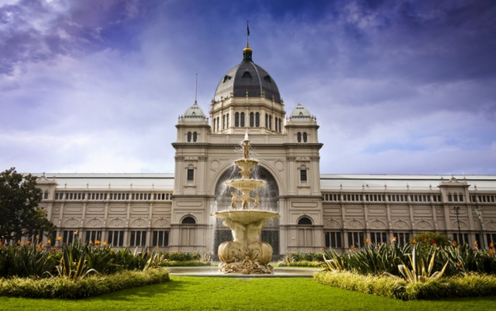 Melbourne City Sightseeing and Penguin Parade Private Tour
