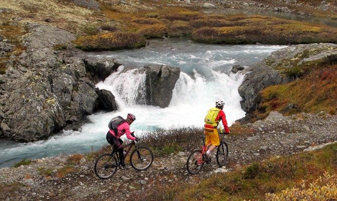 Bhutan Cycling Tour - 13 Days Bhutan Tour