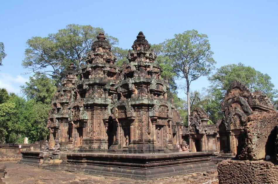 1000 of Lingas, Kbal Spean & Banteay Srei Full Day Private Tour