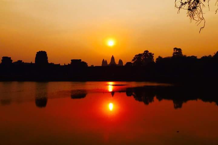 Angkor Wat Sightseeing One Day Private Tour