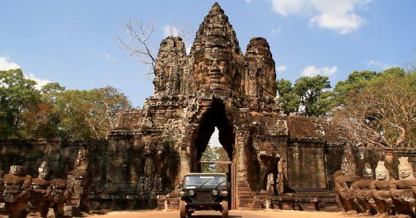In a vintage jeep to the world famous Angkor Wat temples