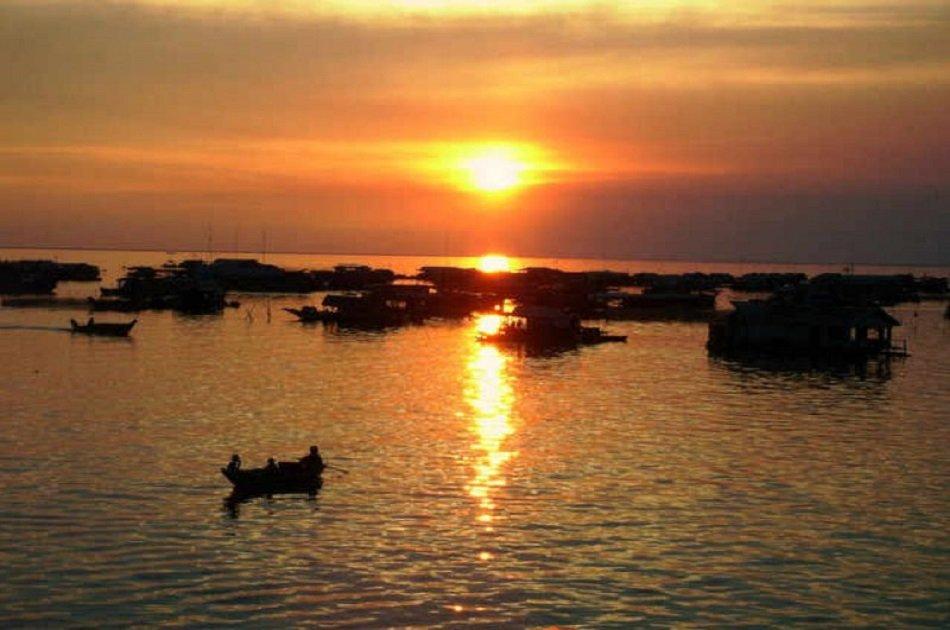 Sunset River Cruise in Phnom Penh