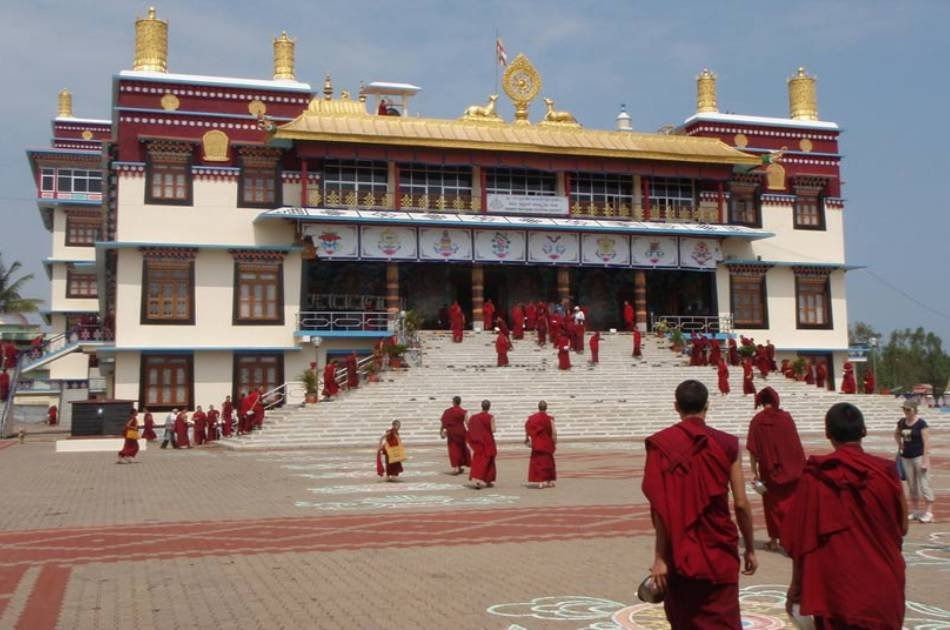 5-Day Lhasa and Ganden Small Group Tour