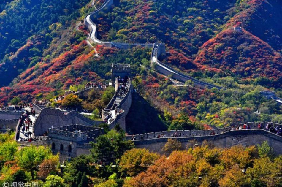 Beijing Great Wall with Round Trip Cable Car and 798 Art Zone Private Tour