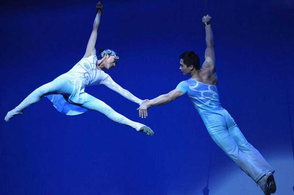 Beijing Night Acrobatic Show with Hotel Transfer