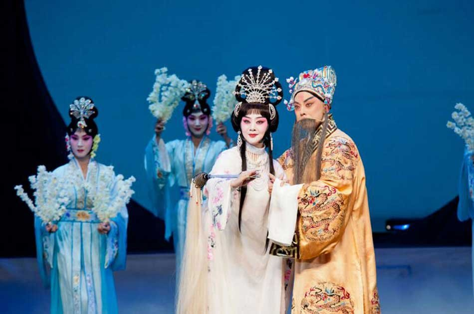 Beijing Opera Show at Liyuan Theater