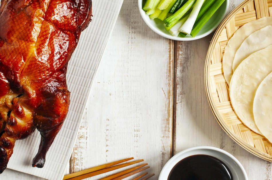 Beijing Roast Duck Dinner and Peking Opera on a Private Tour