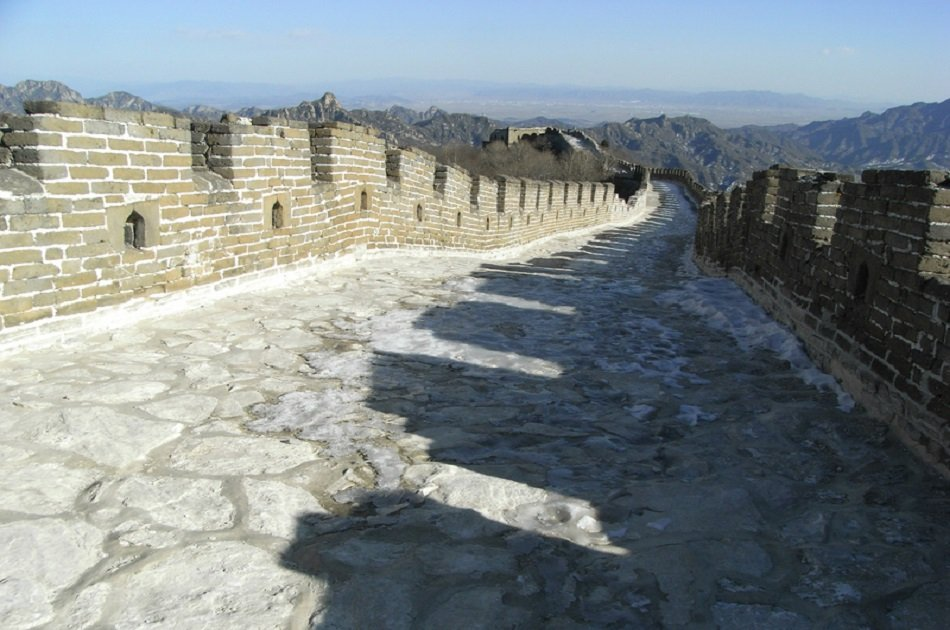 Customizable Mutianyu Great Wall Private Tour With Roast Duck Dinner and Evening Show