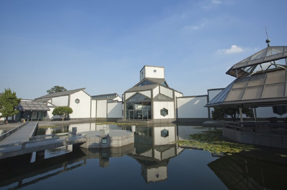 Private Day Tour of Gardens and Old Street in Suzhou