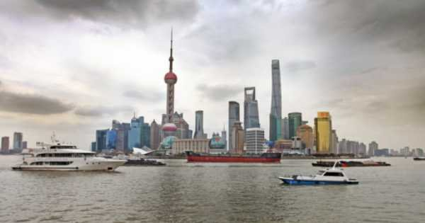 Shanghai Night Tour of the Bund and Luxury Huangpu River Cruise