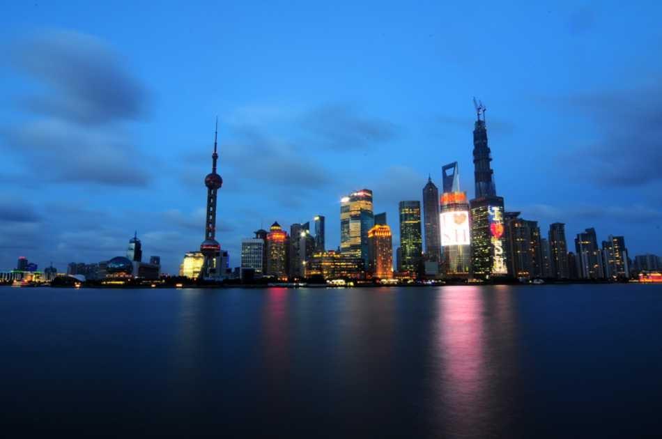 Shanghai Night Tour of the Bund and Luxury Huangpu River Cruise