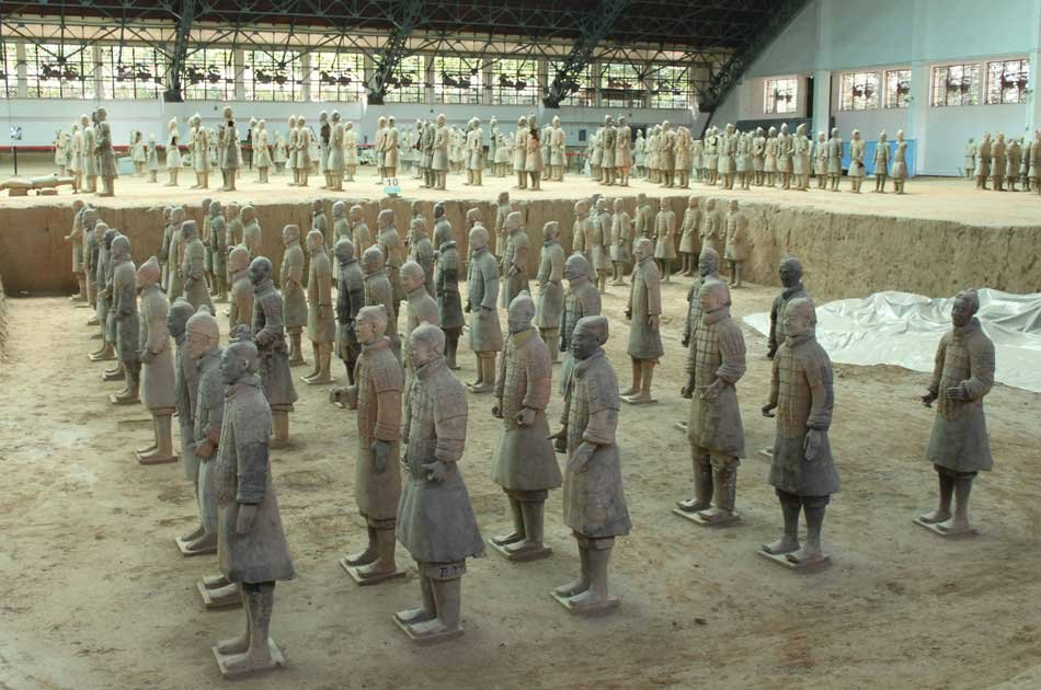 Xian Discovery of Terracotta Army and Cave Dwellings