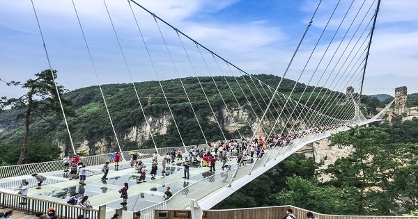 Zhangjiajie Grand Canyon, Glass Bridge and Baofeng Lake Private Tour