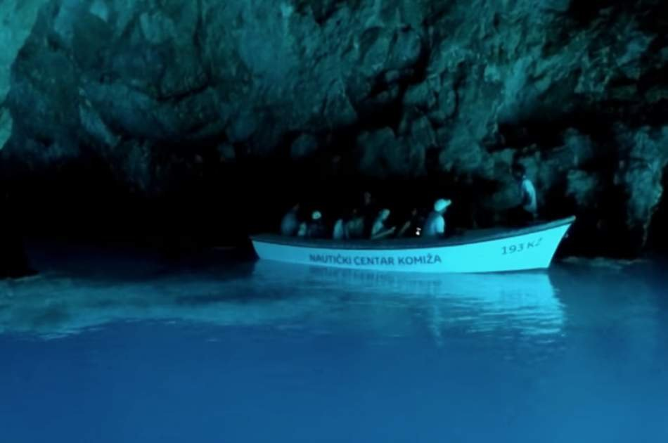 Blue Cave and Hvar Full Day Trip