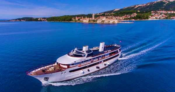 Deluxe 8 Day All Inclusive Roundtrip Cruise from Split to Dubrovnik