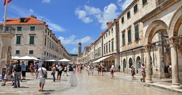 Dubrovnik Group Tour from Split