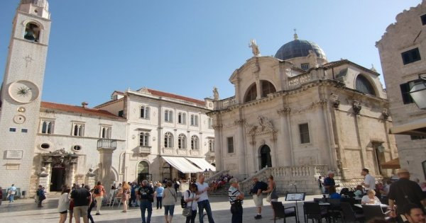 Easy Walking Tour through the Old Town Part of Dubrovnik