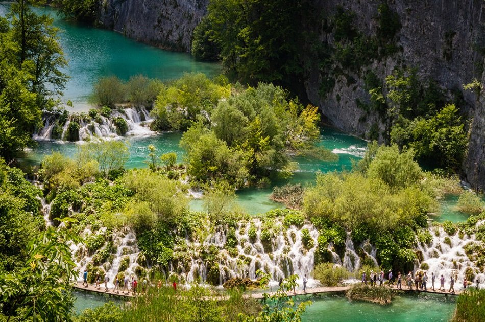Plitvice Lakes Economy Tour from Split Town