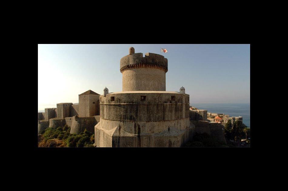 Stroll through Dubrovnik Old Town