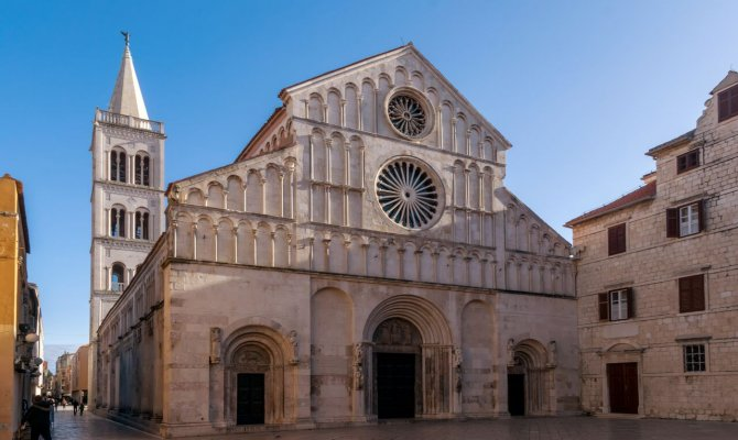 Private Guided Tour: The Best of Zadar and Nin