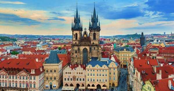 4 Hour Prague Tour with Private Car