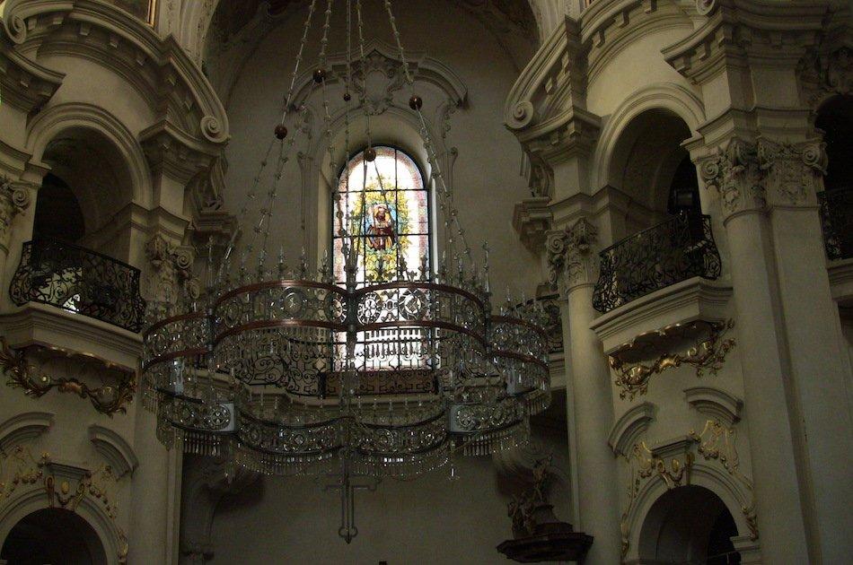 Old Town Through Centuries Walking Tour in Prague