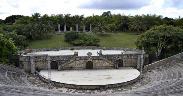 Explorer Hispaniola Island VIP