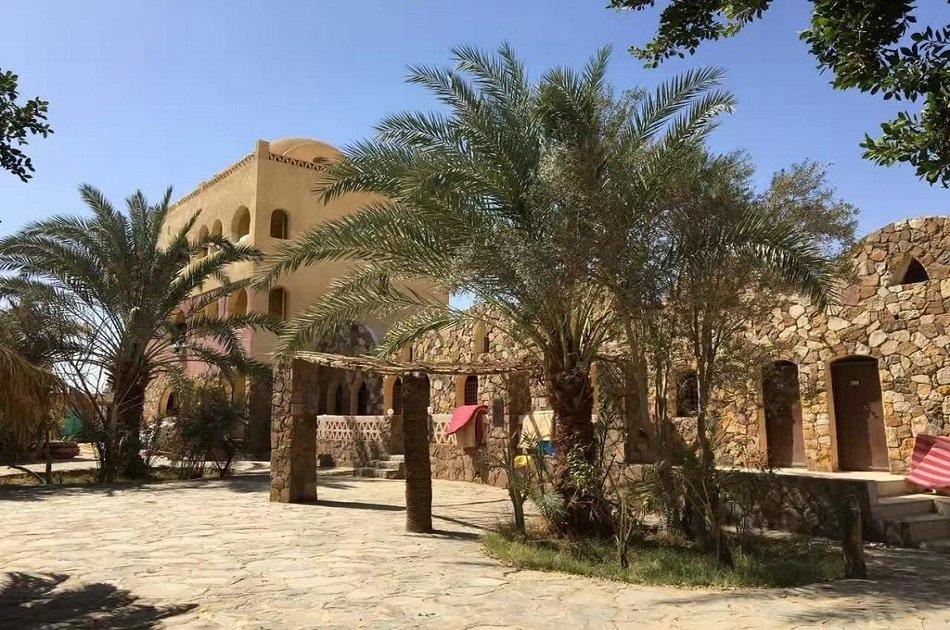 3 Day Black & White Desert, Bahariya Oasis Tour from Cairo