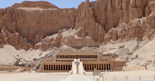 4 Days Dahabiya Nile Cruise From Aswan To Luxor