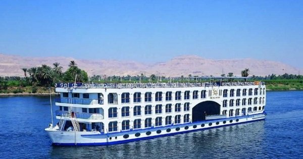 5 Day Nile Cruise to Luxor & Aswan From Hurghada