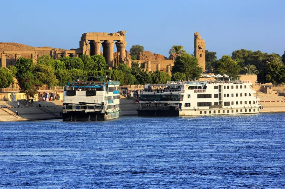 7 Days Land of the Pharaohs with Nile Cruise Group Tour
