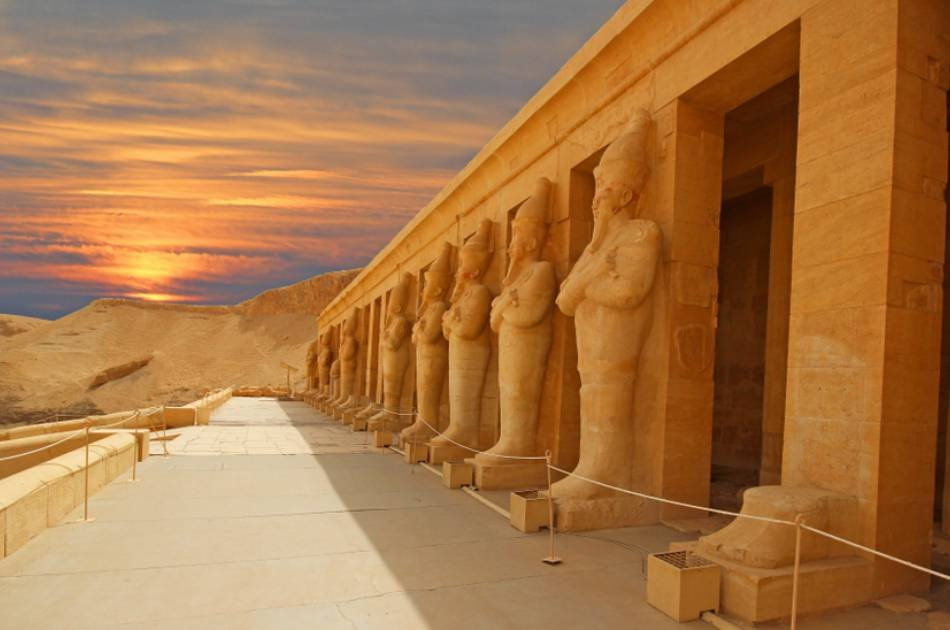 8 Day Land of the Pharaohs and Nile River Cruise Group Tour