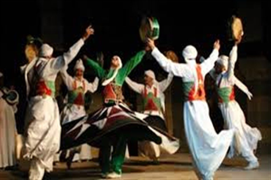 Al Tannoura Egyptian Heritage Show at Wekalet El Ghoury from Cairo