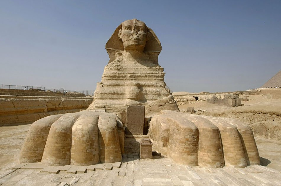 Cairo Stopover Tour From Cairo Airport to Giza Pyramids and the Egyptian Museum With Lunch