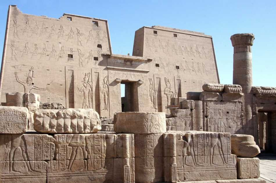 Day Excursion to Edfu & Kom Ombo Temples from Marsa Alam