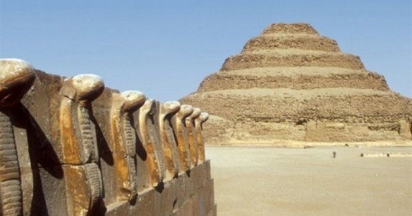 Day Tour of Memphis, Sakkara & Dahshur Pyramids