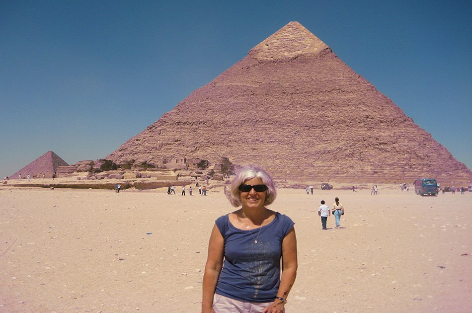 Full Day private Tour For The History of The Pyramids Built