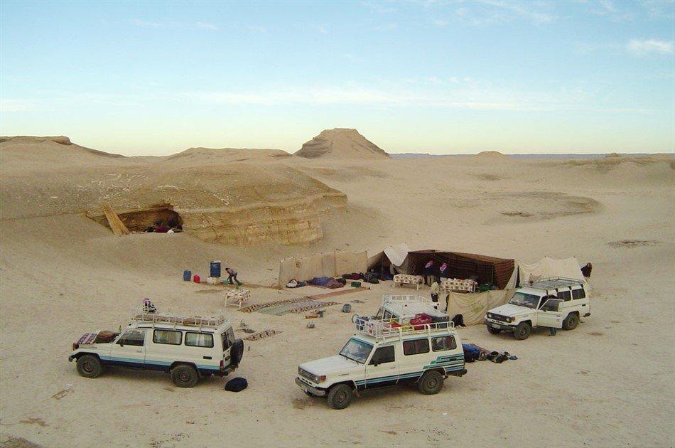 Overnight in White Desert & Bahariya Oasis