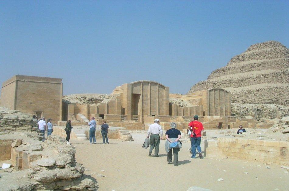 Private Giza Pyramids Including Bent, Red & Step Pyramids at Dahshur & Sakkara Tour