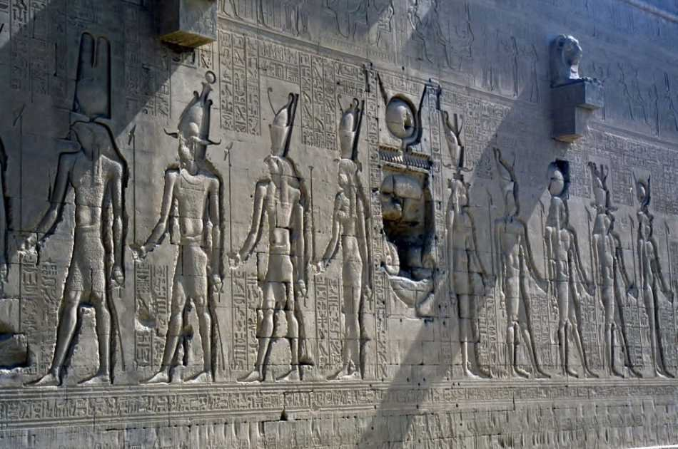Private Half Day Tour to Dendera Temple From Luxor