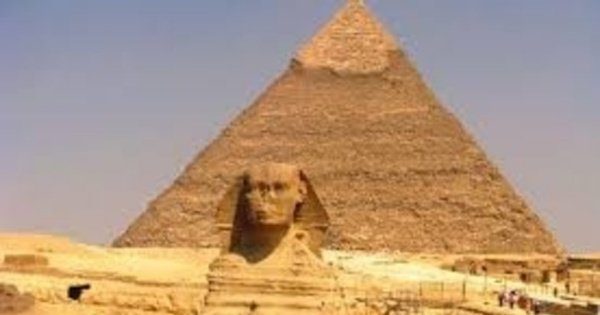 Private Tour To Memphis Sakkara Giza Pyramids Sphinx + Lunch
