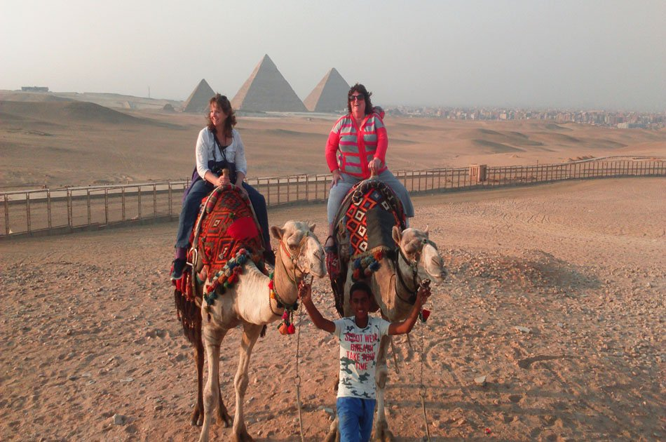 Sunrise or Sunset Camel Ride Around the Giza Pyramids Desert