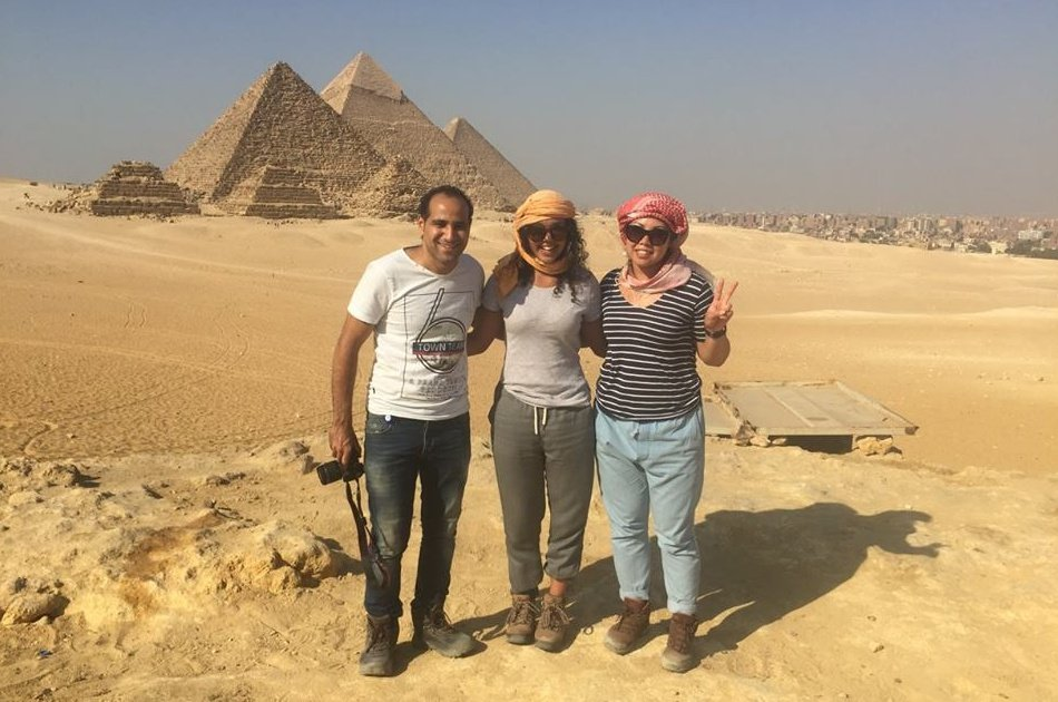 Yalla Pyramids 1 Day Private Tour in Giza From Cairo