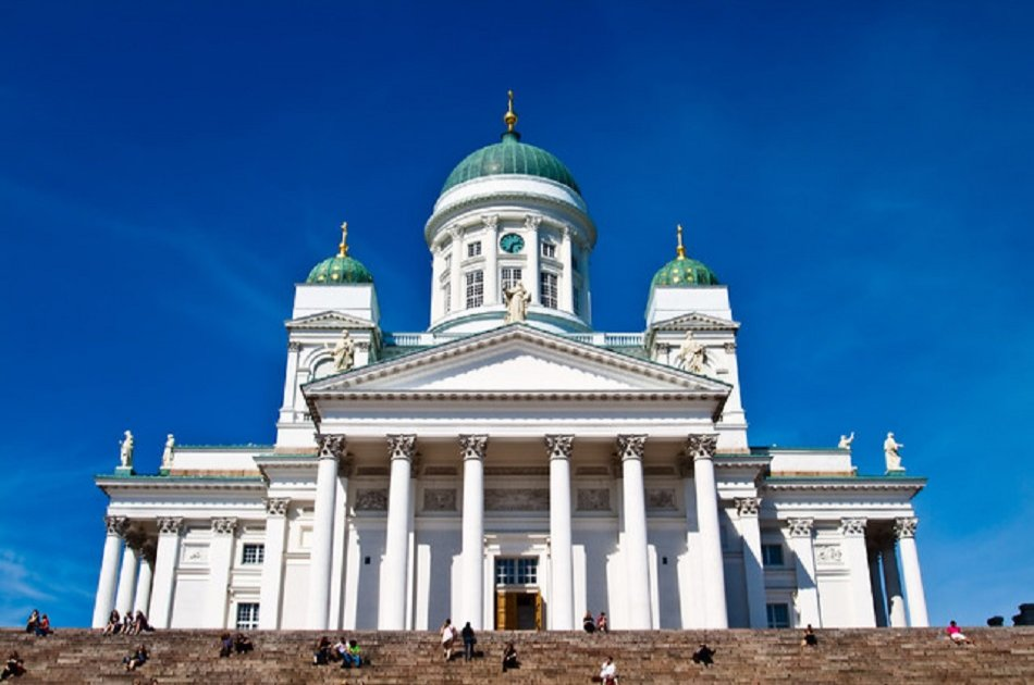 3 Hour Sightseeing Tour from Airport to Helsinki City