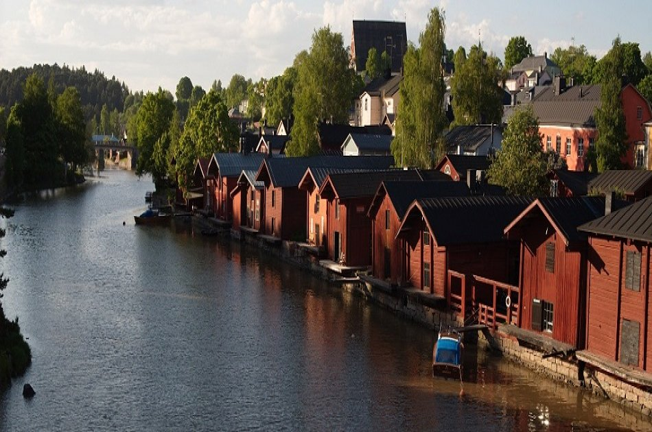 Helsinki and Porvoo 6-Hour Sightseeing Tour