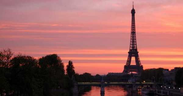 Paris by Night: City Tour, Cruise, Skip-the-line Eiffel Tower – Night tour