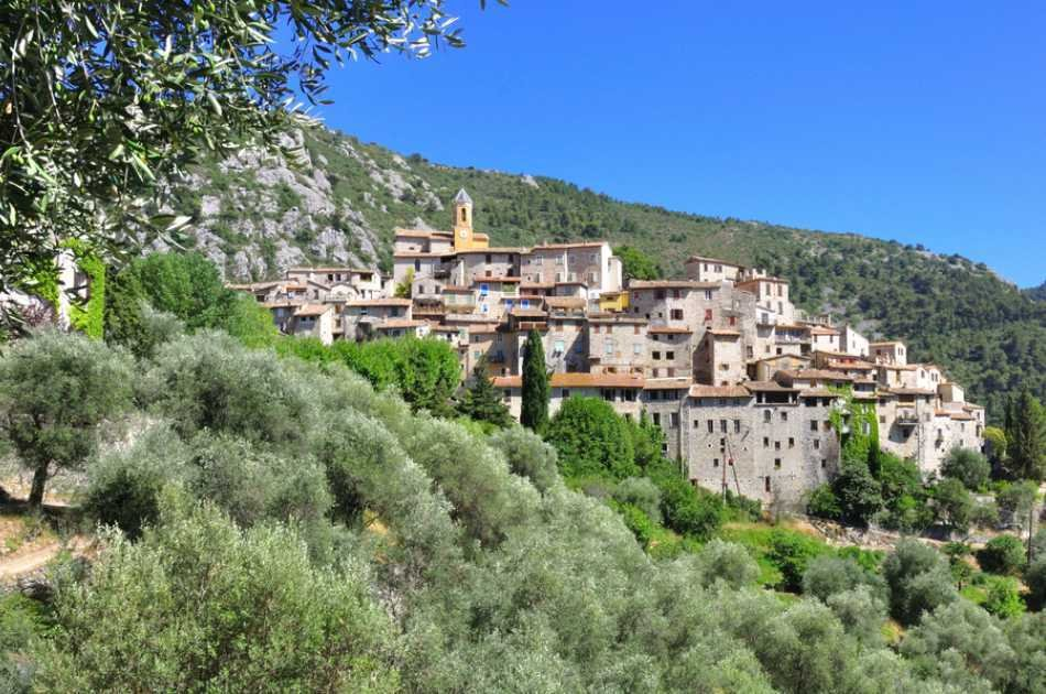 Perched Villages Private Half Day Tour